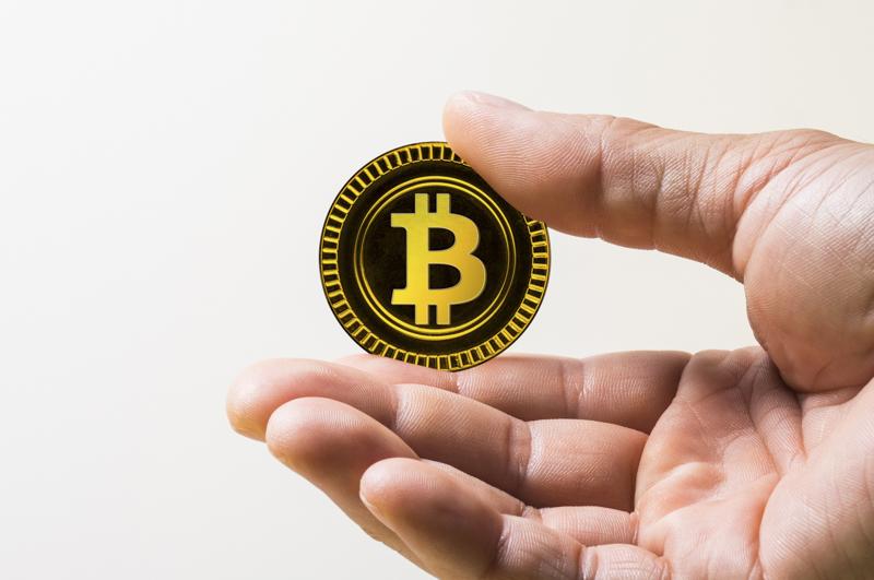 ビットコインの仕組みと送金手数料の関係とは